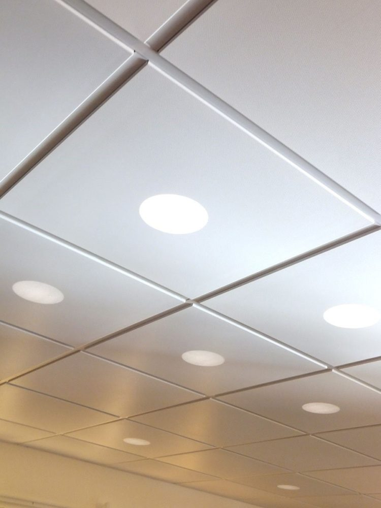 drop ceiling tiles installation