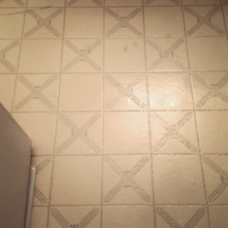 peel and stick floor tile herringbone